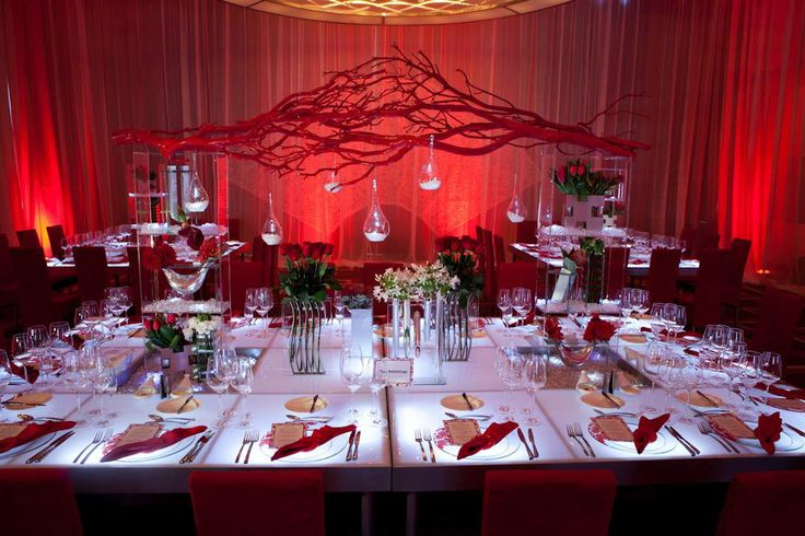Un mariage en rouge et blanc lovely day for Deco de table orientale